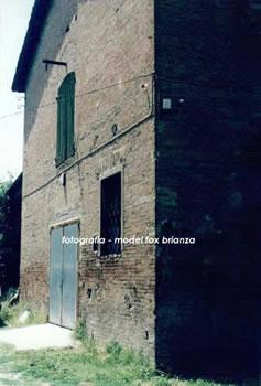 Casa natale di enzo ferrari for Piani casa tetto del fienile